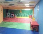 raywhite_1987_img_10.jpg